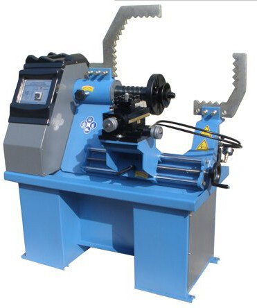 Rim Straightening Machine With Lathe